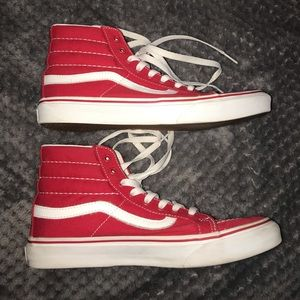 Hightop Red Vans